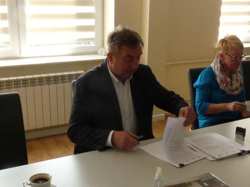 Podpisanie umowy na budowe oczyszczalni (6)